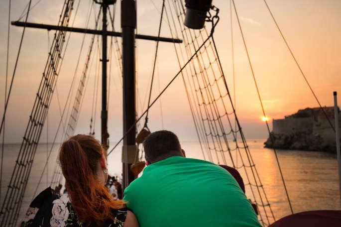 Relax and enjoy onboard karaka
