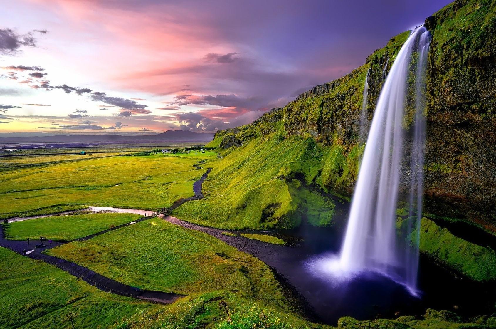Vodopad Seljalandsfoss